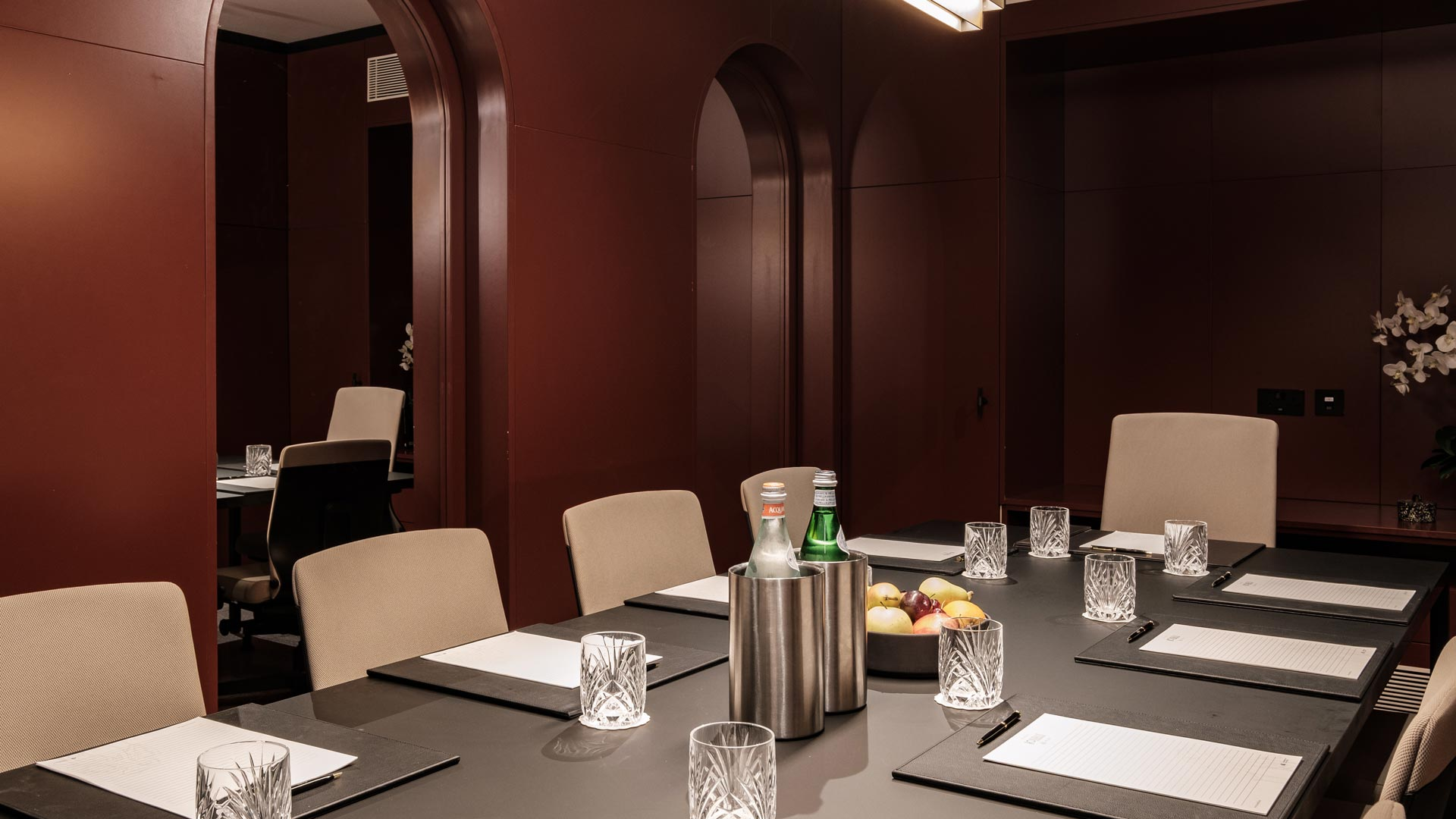 Rosselli - AX Privilege - Meeting Room